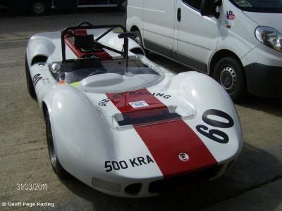 McLaren M1